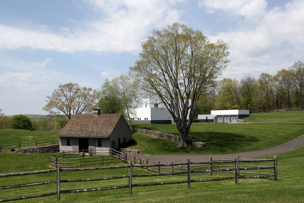 barn and house2.jpg
