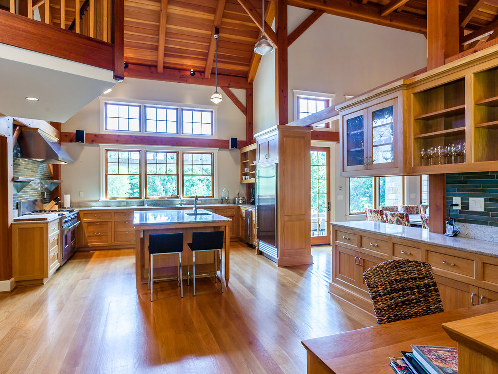 kitchen2_sm.jpg