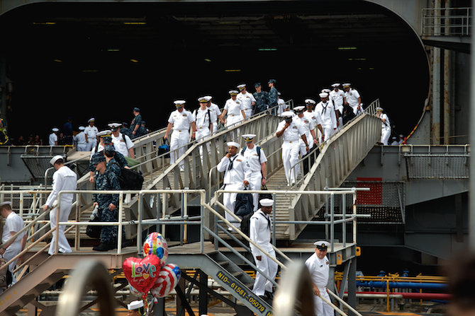 USS George Washinton Return, Yokosuka, Japan | NaomiVanDoren.com