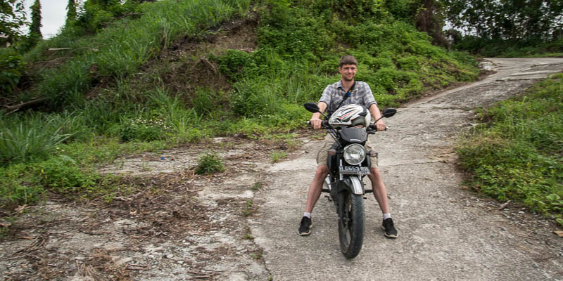 Indonesia-Travel-Tips-Sentani-Transportation-motorbike.jpg