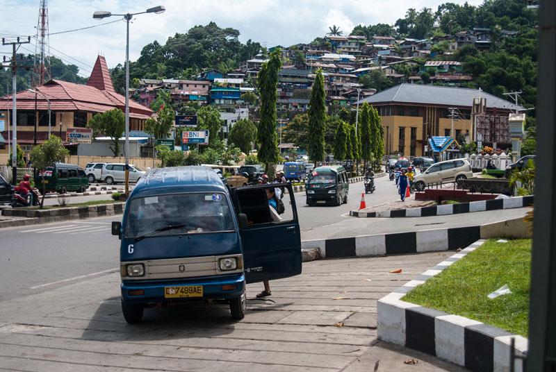 Taxi-roads-Jayapura-Papua-Indonesia-Naomi-VanDoren.jpg