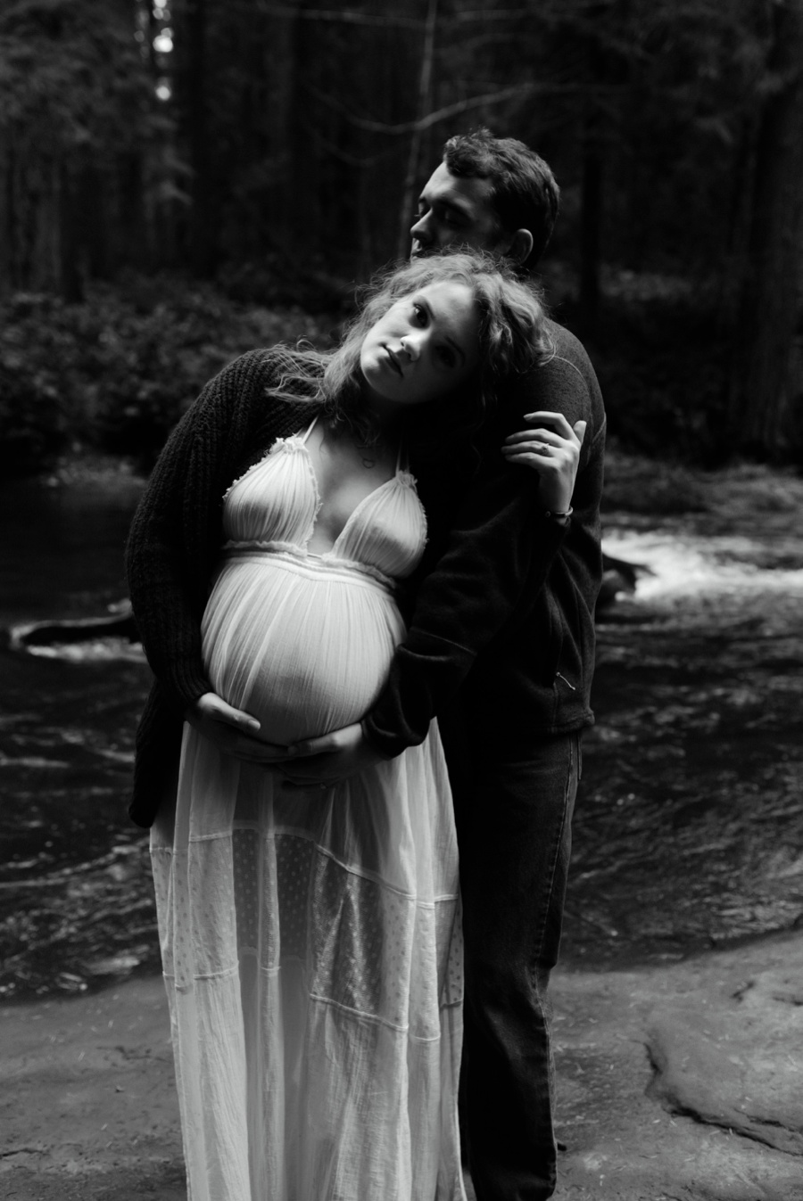whatcome falls maternity photographer