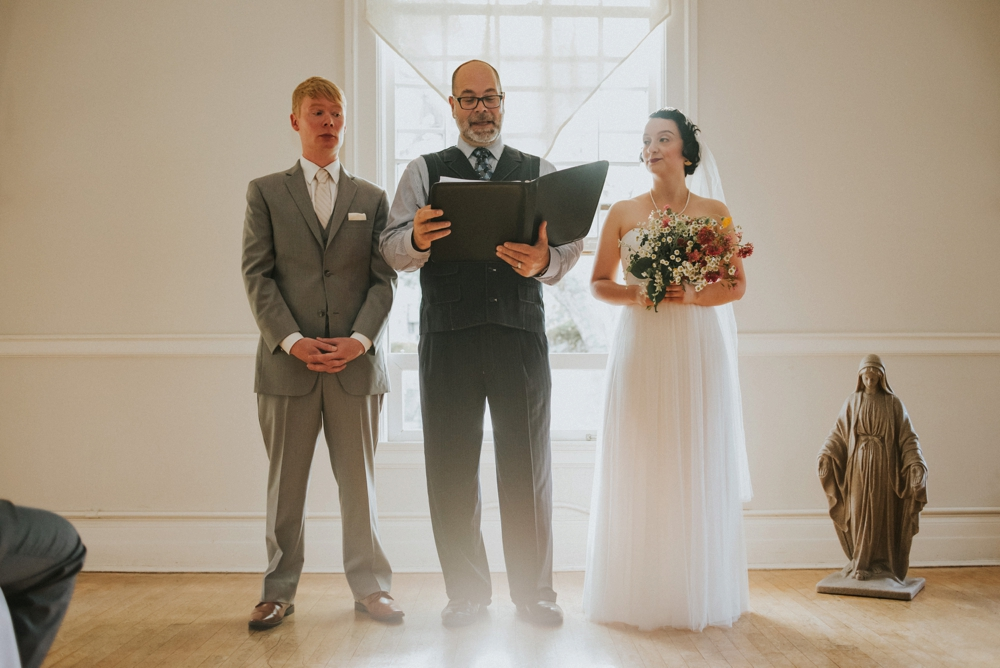 intimate seattle wedding ceremony
