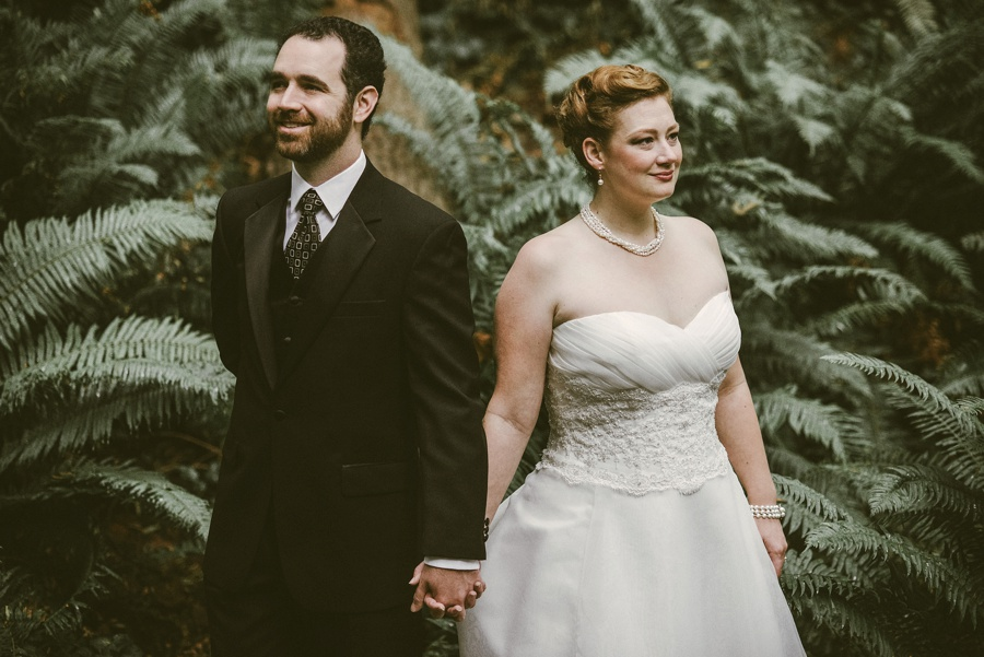 bride and groom in fern grove