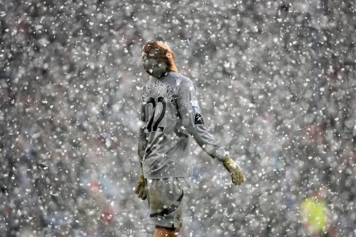 Bolton-goalkeeper-Jussi-J-004.jpg