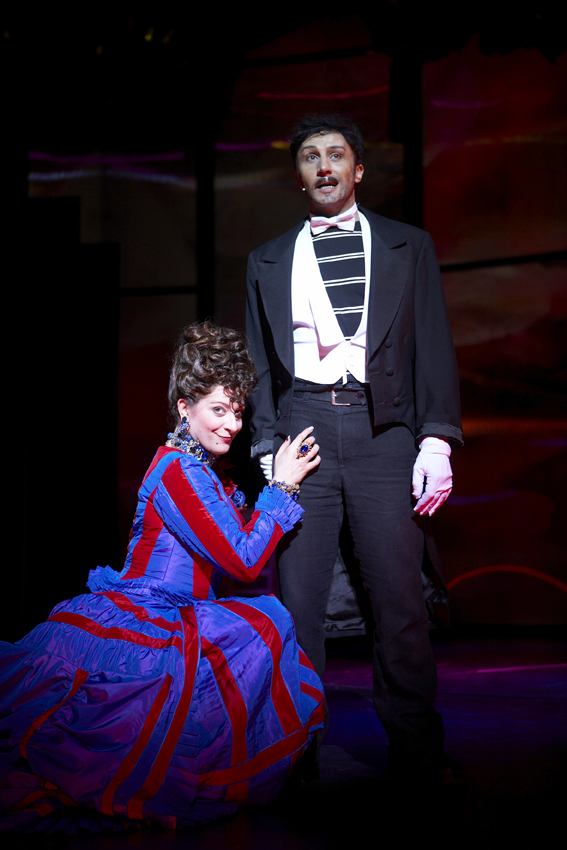 Elisabeth , Theater des Westens, Berlin 2008 (Copyright  Stage Entertainment ), mit Bruno Grassini