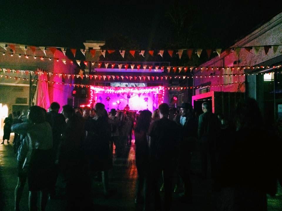 Школьная дискотека в аду