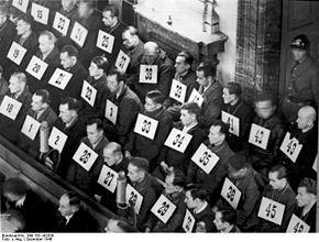 Personel obozu Auschwitz podczas procesu w Norymberdze