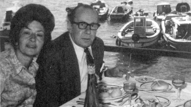 Śniadanie w Pullach, Górna Bawaria: Walther Rauff z Neną Zulibar, marzec 1976 rok (źródło:  http://www.faz.net/aktuell/politik/politische-buecher/martin-cueppers-walther-rauff-in-deutschen-diensten-einsatz-im-gegenwartskampf-12861678.html )