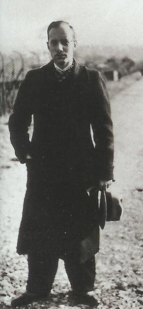 Hans-Dietrich Ernst (źródło:   commons.wikimedia.org  )