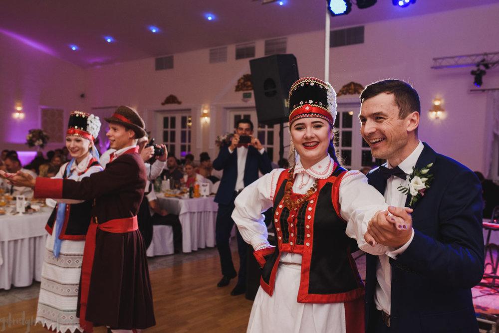 Gosia i Tomek - gabriel fotograf - 295.jpg