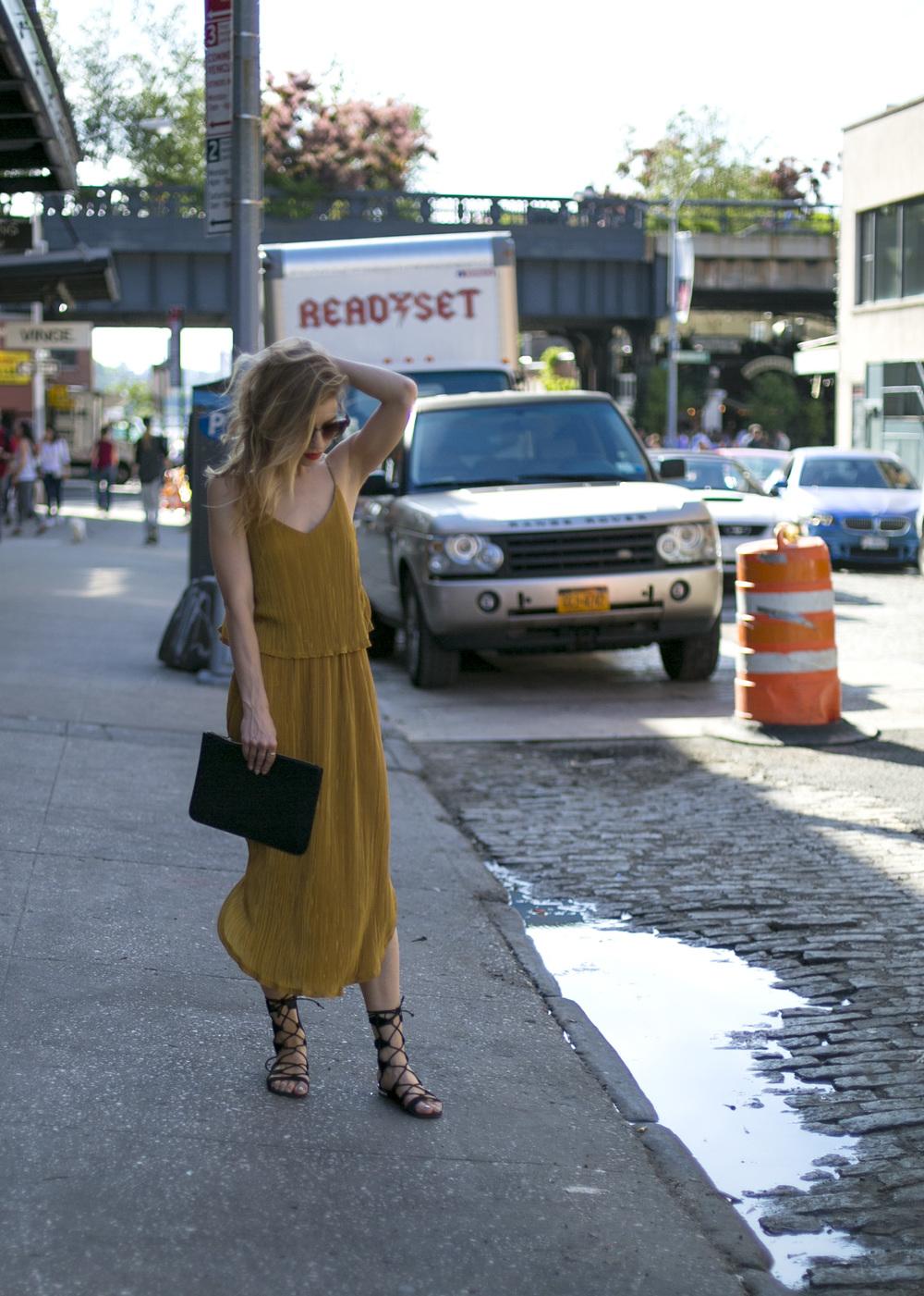 "Dress: H&M | Sandals: Schutz Shoes | Bag: Similar | Sunnies: Urban Outfitters | Lipcolor: Nars Velvet Matte lip pencil in ""Red Square"""