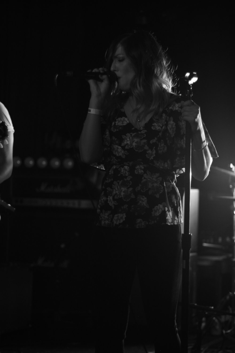 Cortney Kirby on vocals at Arlene's Grocery. Photo courtesy of Kevin Vallejos.
