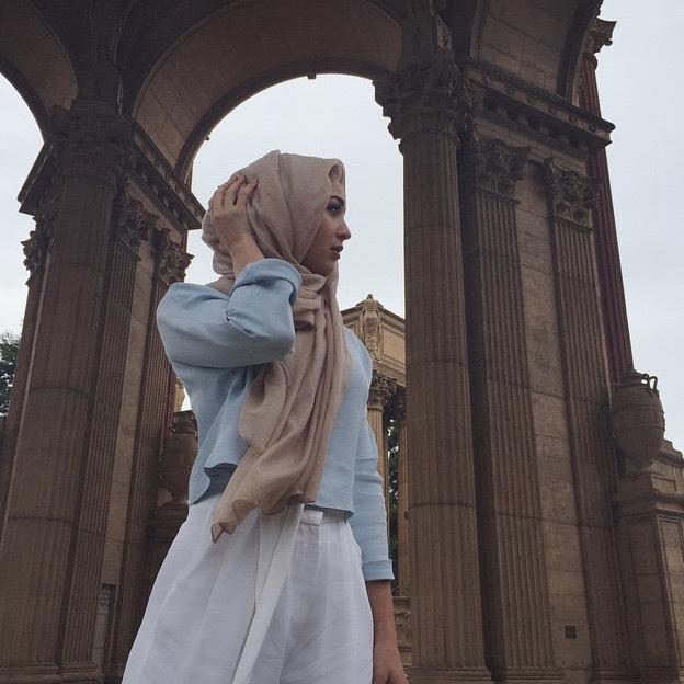 hijabequalsmodesty :     IG: mariaalia