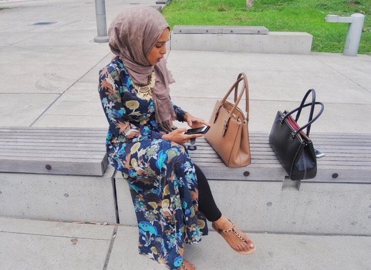 beautyofhijabs :     IG; batoulyh @hijabs-