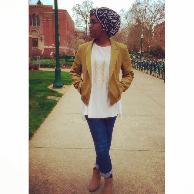 The outfit of the day! ❤️ #Hijabi #HijabiQueen #TheLifestyle #Aviary (at University of Oregon)