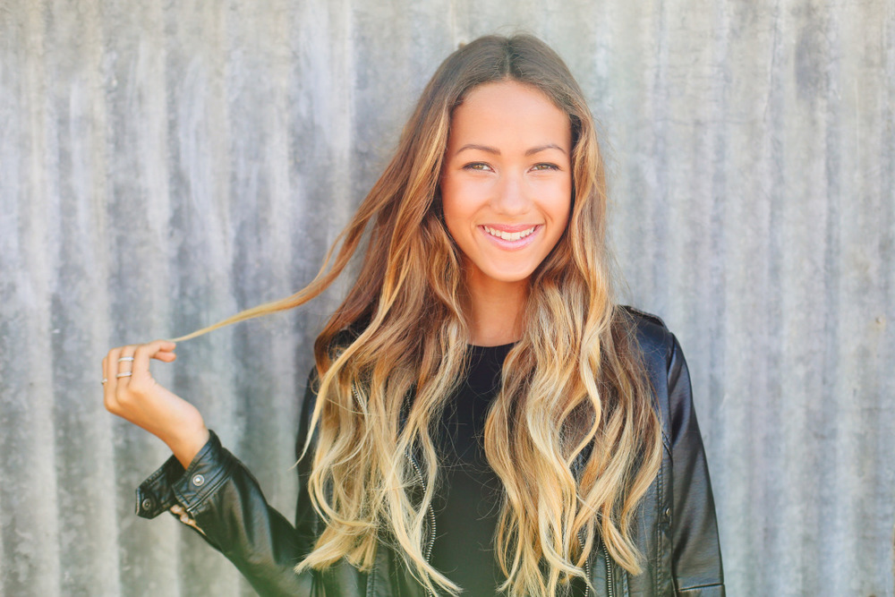 teenvogue :     We're proud to premiere  Skylar Stecker 's brand-new track »   Give it a listen and tell us what you think?