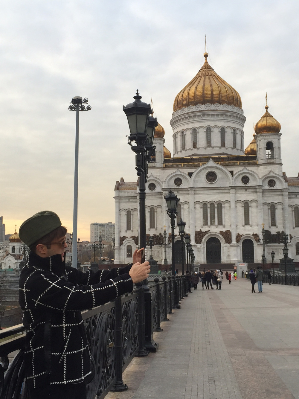 teenvogue :     When in Russia…take a selfie!    (And all the other things Andrew Bevan did during Russia Fashion Week)  »