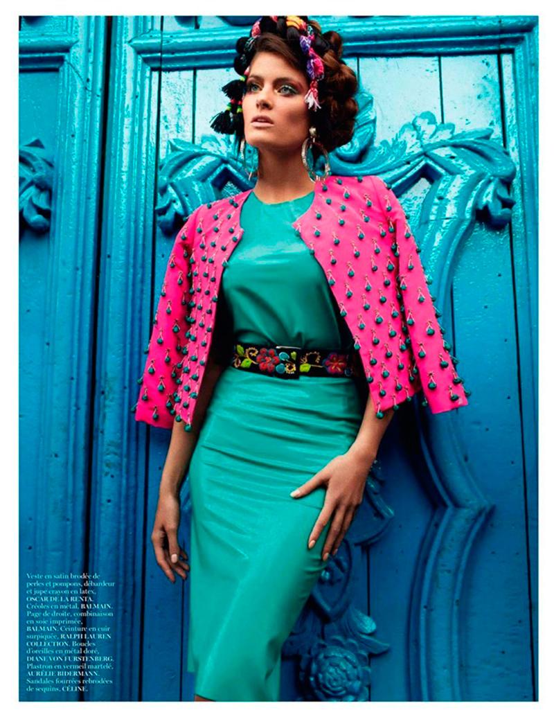 vogue-is-viral :      fashion—victime :     Isabeli Fontana by Mario Testino for Vogue Paris April 2013