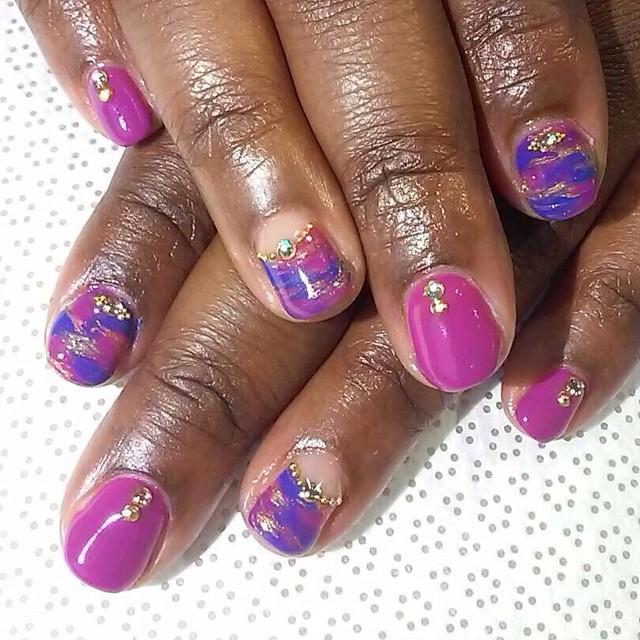 vanityprojectsnyc :     @nailsbymii #MiMi #gelnail #nailart #vanityprojects (at Vanity Projects)