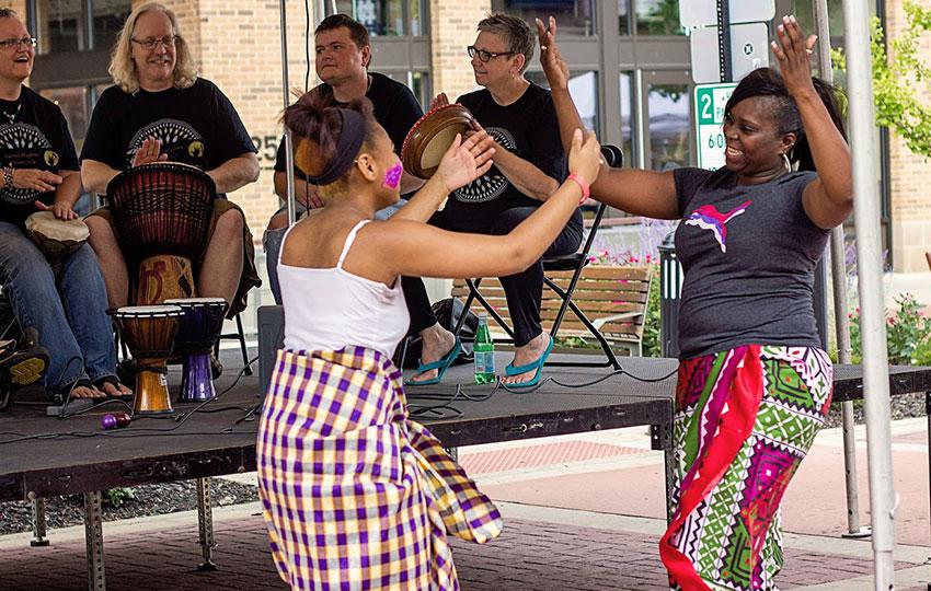 Sacred-Rhythms-and-African-Dance-5.jpg