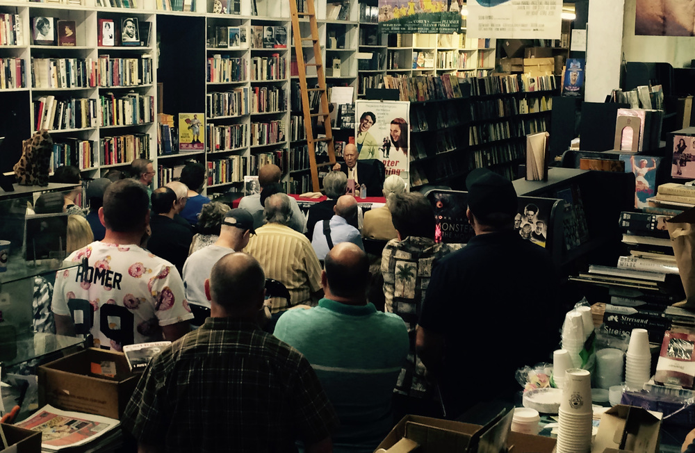 Carl Reiner joking with a packed house at Larry Edmunds Bookshop