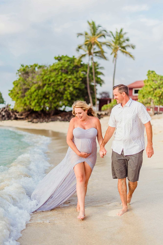 Dreamy-Hawaii-Babymoon-Big-Island-Beach-06.jpg