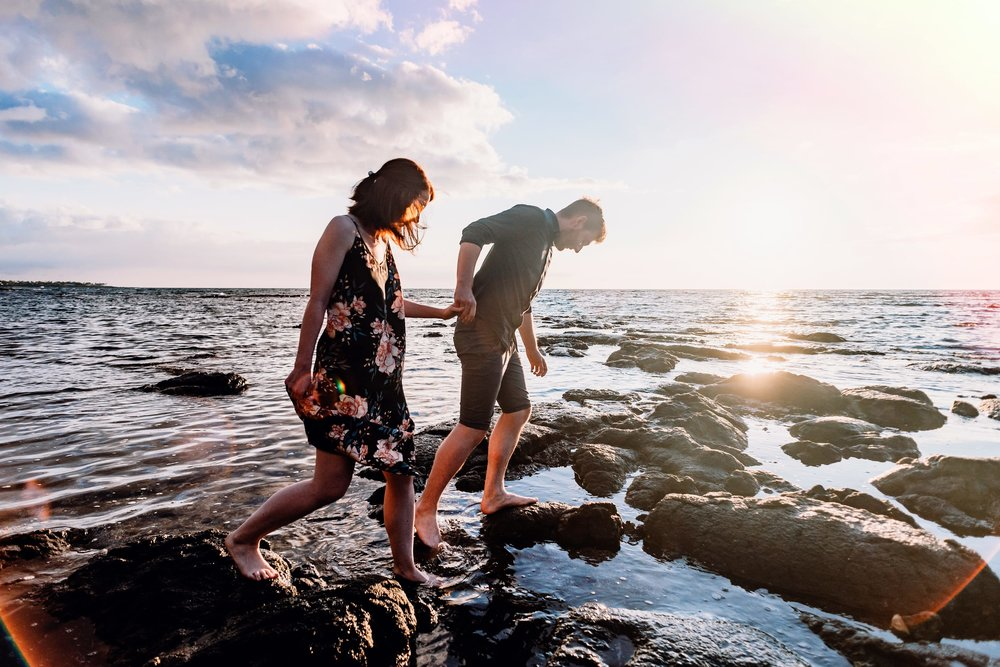Engagement-Vacation-Hawaii-Sunset-Photographer-01.jpg