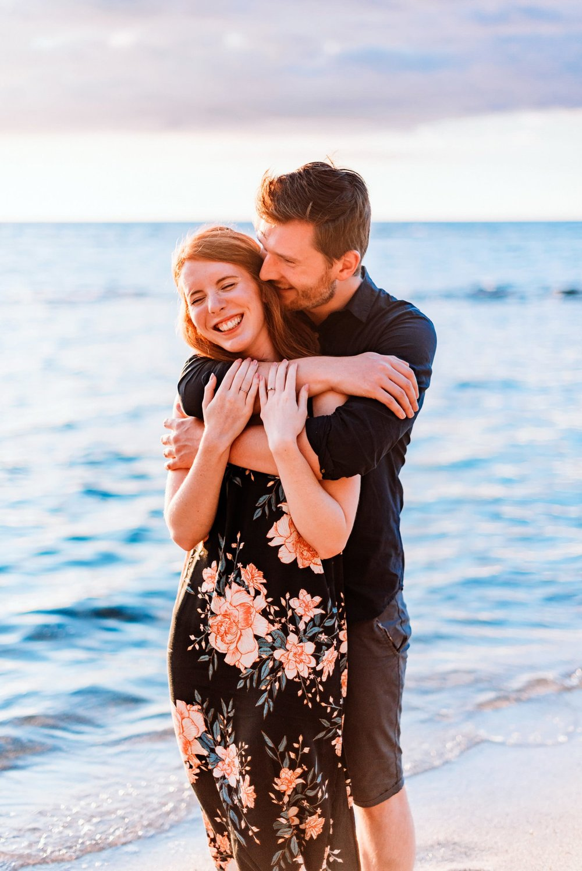 Engagement-Vacation-Hawaii-Sunset-Photographer-04.jpg