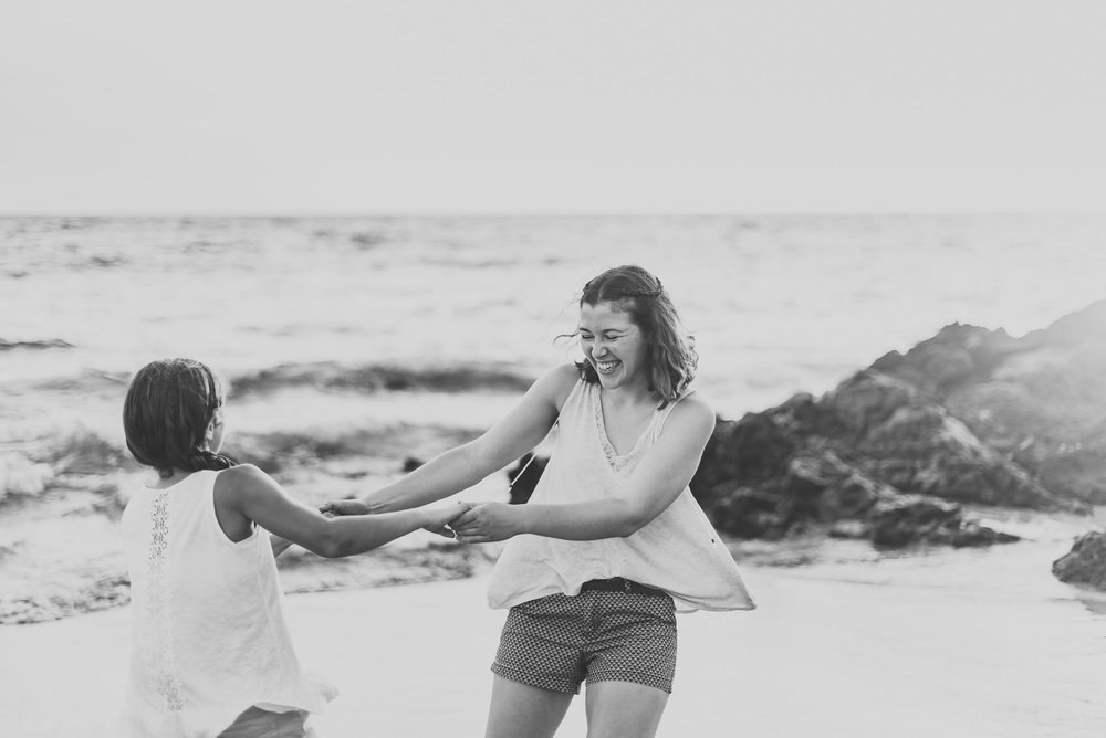 Mother-Daughter-Hawaii-Vacation-Photographer-03.jpg