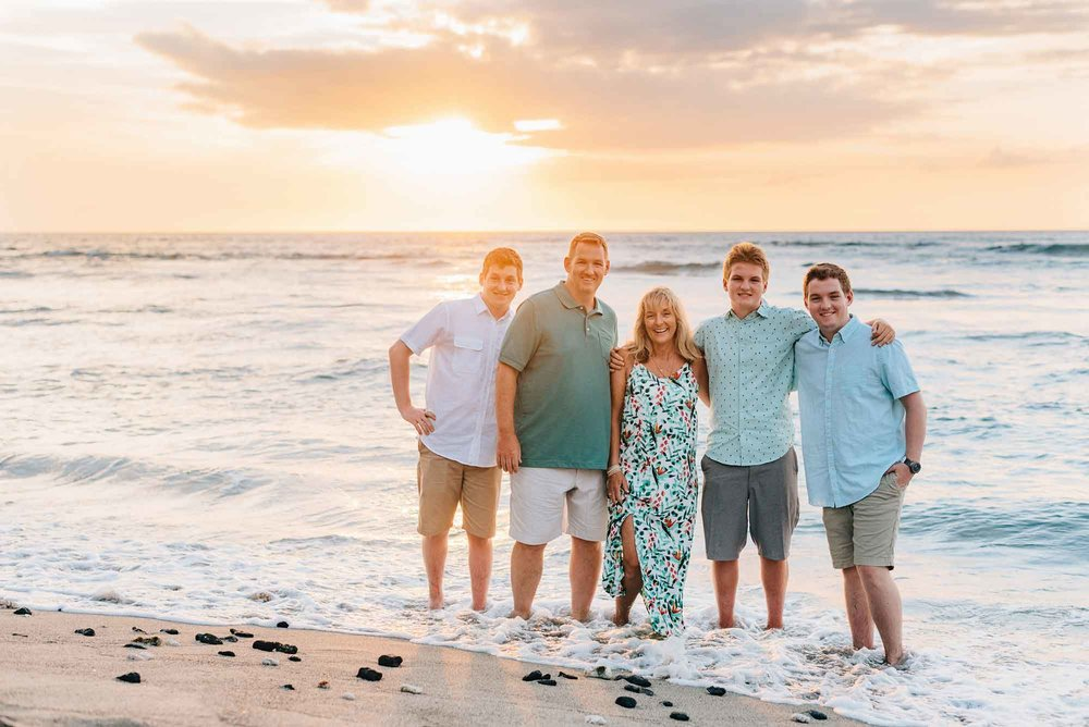 Family-Reunion-Vacation-Waikoloa-Beach-Photographer-01.jpg