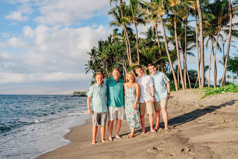 Family-Reunion-Vacation-Waikoloa-Beach-Photographer-07.jpg