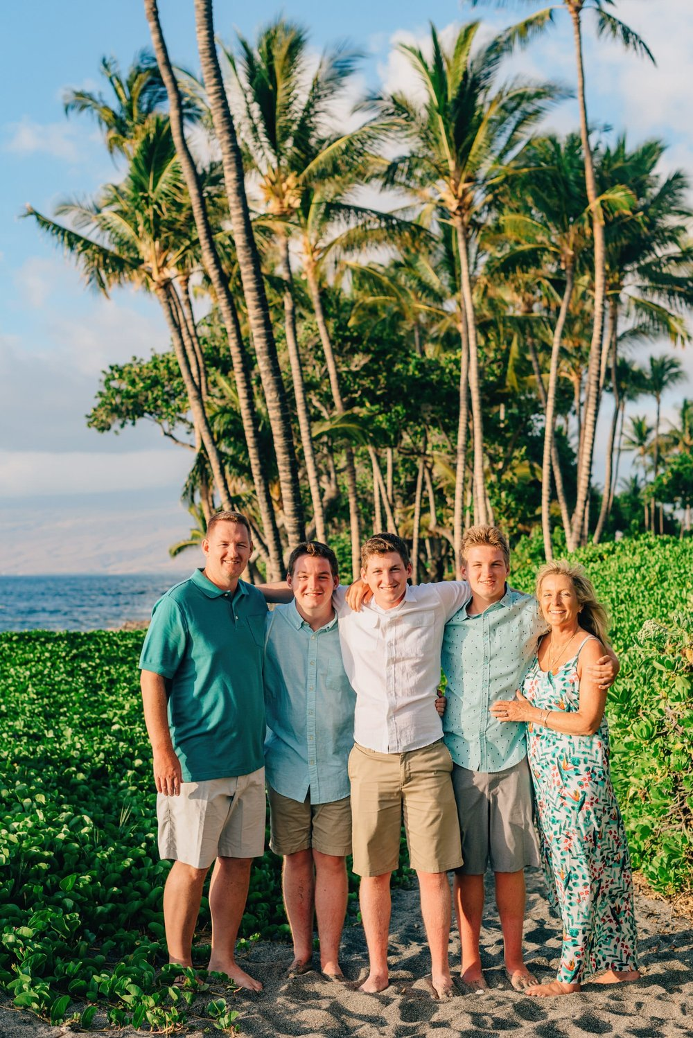 Family-Reunion-Vacation-Waikoloa-Beach-Photographer-09.jpg