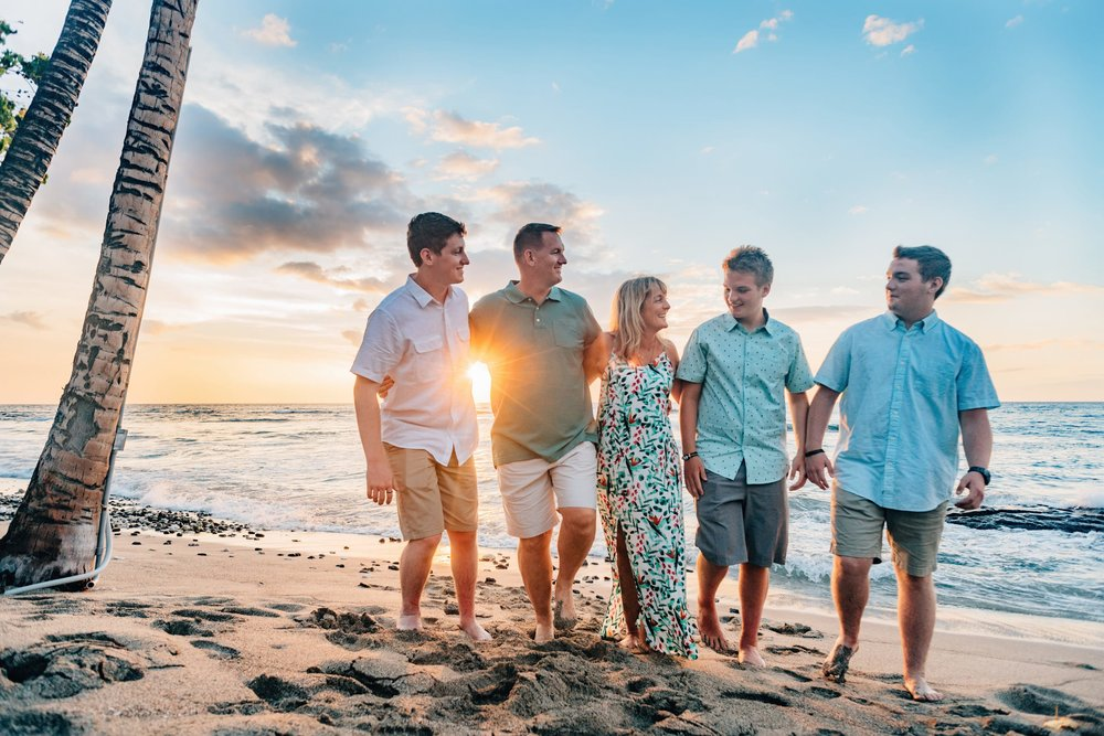 Family-Reunion-Vacation-Waikoloa-Beach-Photographer-18.jpg