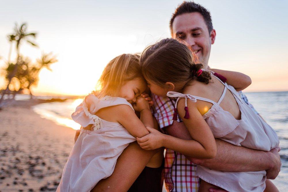 MaunaLani-Family-Photographer-Hawaii-Waikoloa-16.jpg