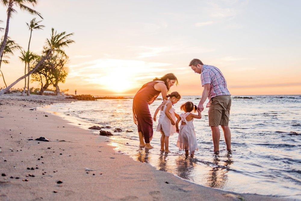 MaunaLani-Family-Photographer-Hawaii-Waikoloa-19.jpg