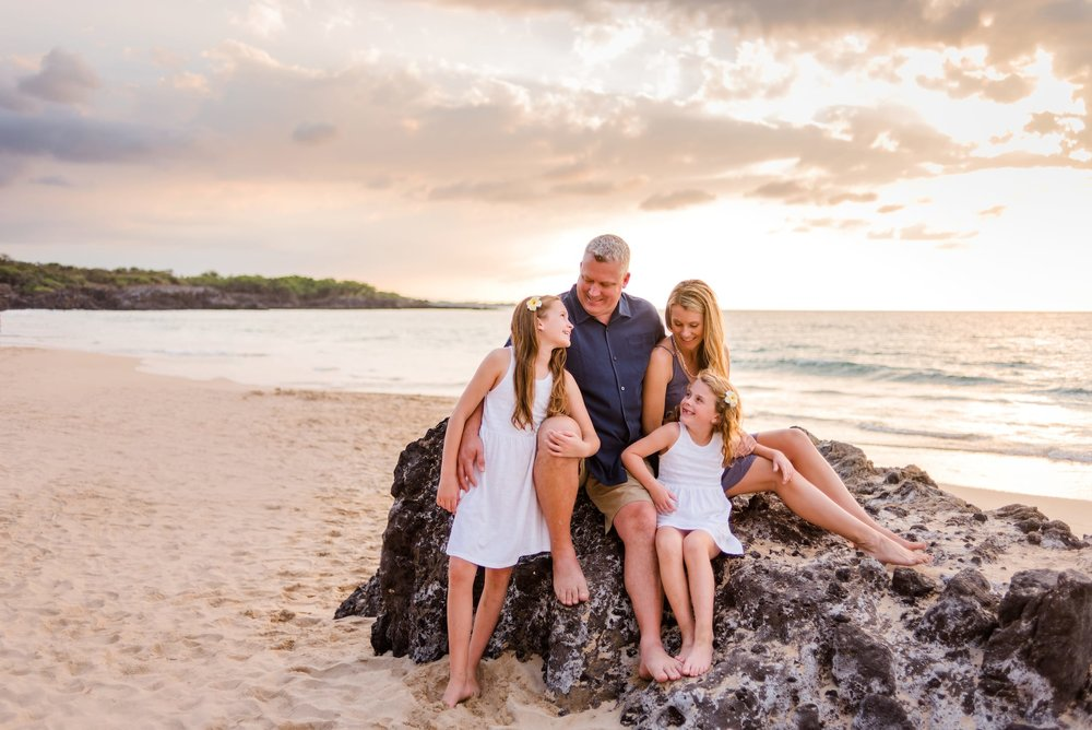 Mauna-Kea-Family-Photographer-Hawaii-Waikoloa-06.jpg