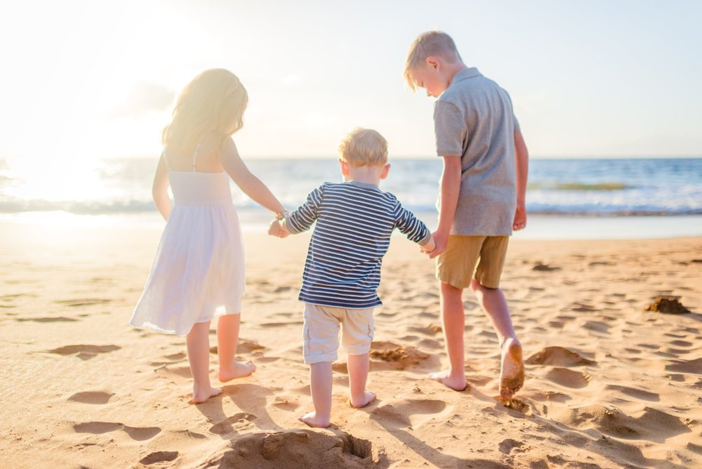 Maui-Family-Photographer-Waialea-Beach-Sunset-01.jpg