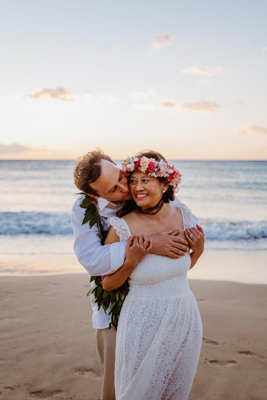 Waikoloa-Engagement-Photographer-Big-Island-Beach-Sunser-01.jpg
