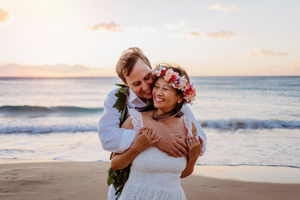 Waikoloa-Engagement-Photographer-Big-Island-Beach-Sunser-10.jpg