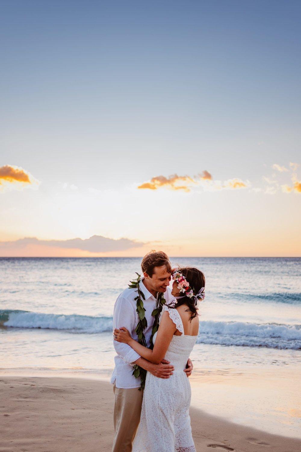 Waikoloa-Engagement-Photographer-Big-Island-Beach-Sunser-12.jpg