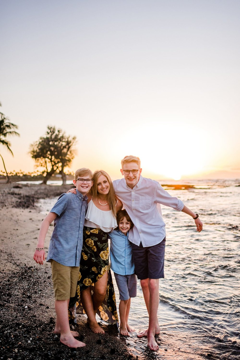 Mother-Son-Photo-Session-Hawaii-Sunset-08.jpg