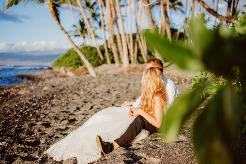 Big-Island-Elopement-Private-Wedding-Hawaii-Beach-05.jpg