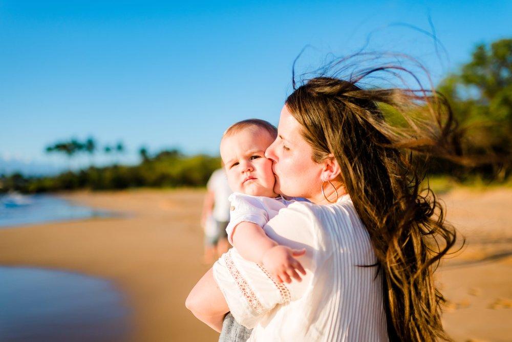 Four-Seasons-Maui-Wailea-Family-Photographer-02.jpg