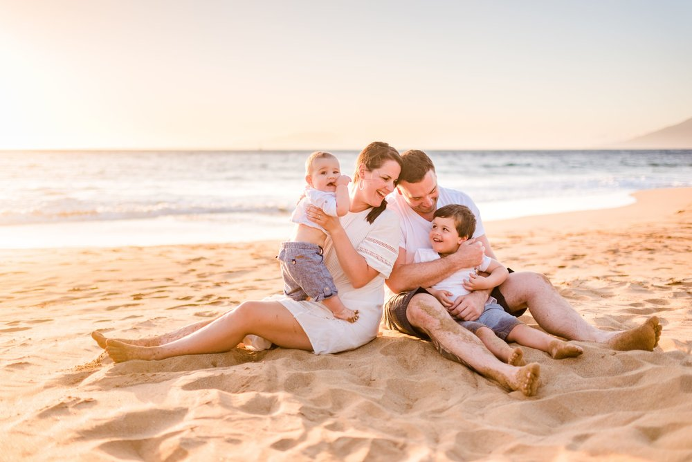 Four-Seasons-Maui-Wailea-Family-Photographer-08.jpg