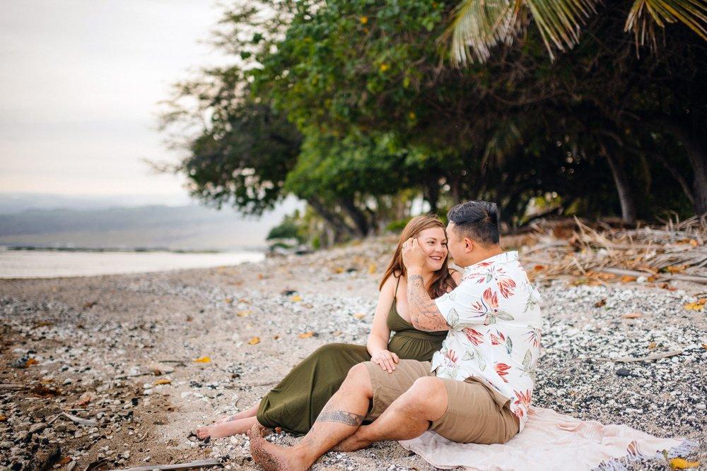 Puako-Sunrise-Babymoon-Photographer-Hawaii-05.jpg