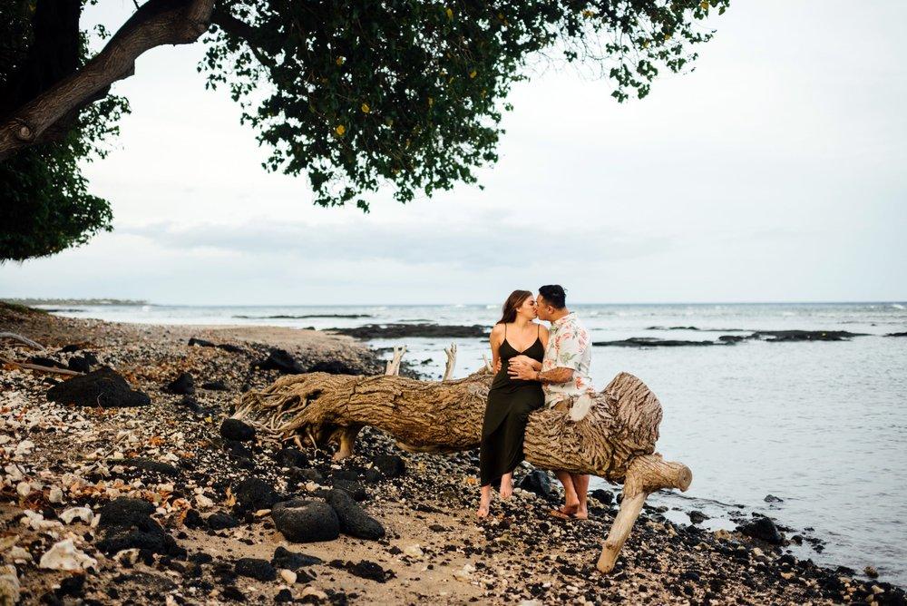 Puako-Sunrise-Babymoon-Photographer-Hawaii-09.jpg