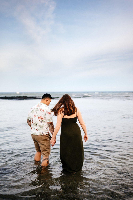 Puako-Sunrise-Babymoon-Photographer-Hawaii-13.jpg