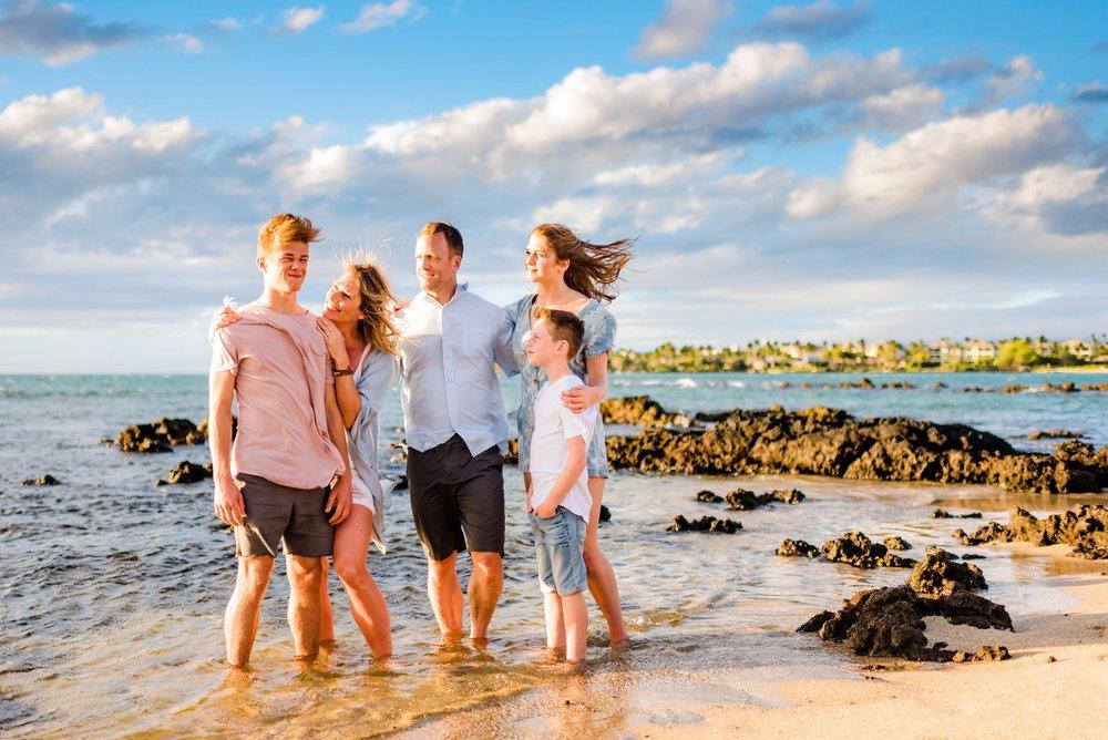 Big-Island-Hawaii-Family-Photographer-01.jpg