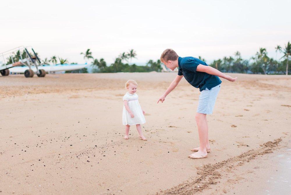 Waikoloa-Beach-Family-Photographer-Hawaii-10-1.jpg